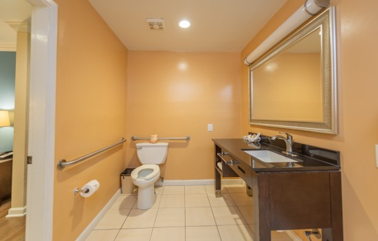 Welcome To The Ocean Pacific Lodge - Accessible Private Bathroom